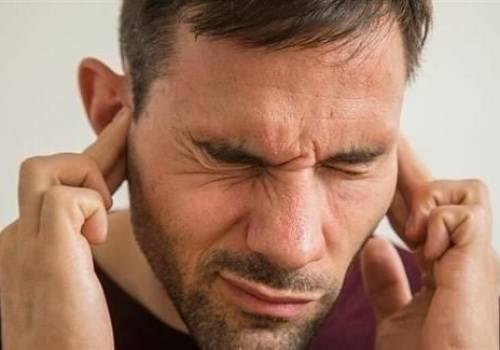 بعضها خطير..أسباب حكة الأذن