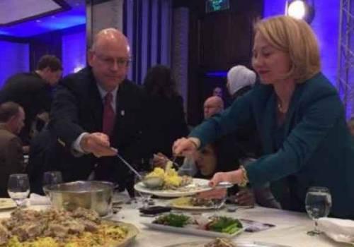 فيديو .. ويلز تودع الأردنيين وتشكرهم على المنسف والكنافة
