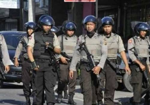 الشرطة الإندونيسية تعلن مقتل 5 بتفجير محطة الحافلات