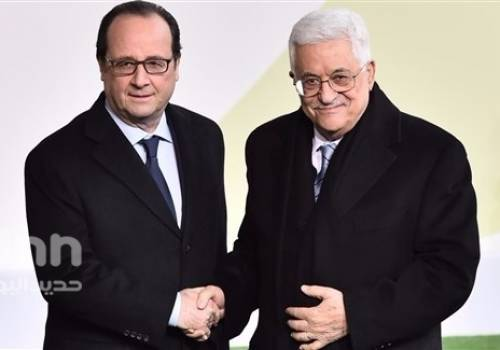 فلسطين : القائد محمود عباس يدعو هولاند للاستجابة لدعوة نواب فرنسيين للاعتراف بدولة فلسطين