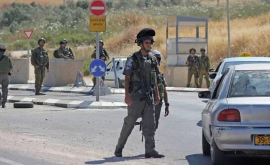 الحواجز الاسرائيلية :هاجس يؤرق الفلسطينيين