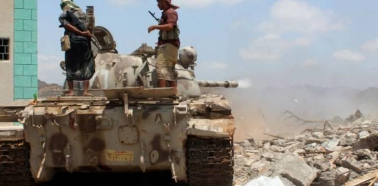 الجيش اليمني : قتلى وجرحى من الميليشيا وتدمير آليات قتالية في مقبنة