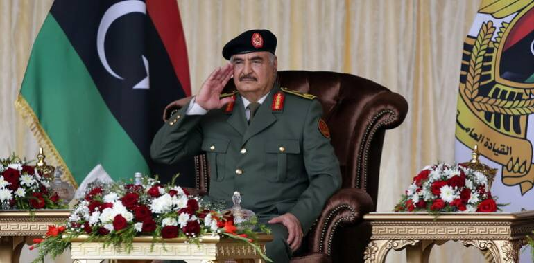 خليفة حفتر يعلن عن مشروع سكني ضخم جدا في ليبيا