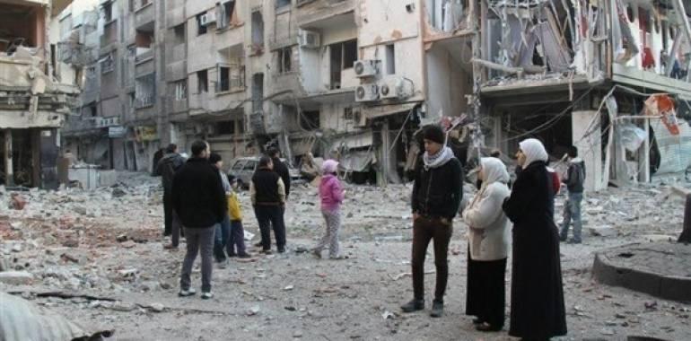 مقتل 6 مدنيين في غارات نظامية على مخيم اليرموك