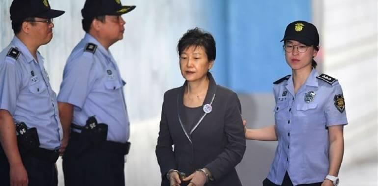 حكم جديد بالسجن ثماني سنوات على الرئيسة الكورية الجنوبية السابقة